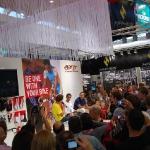 tłum do Alberta Contadora