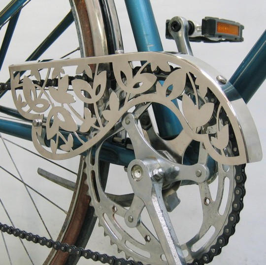 floral-on-bicycle-540x537