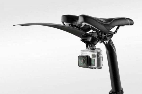 t7200_gopro-bike-mount_inuse_with-mudguard_perspective_0416