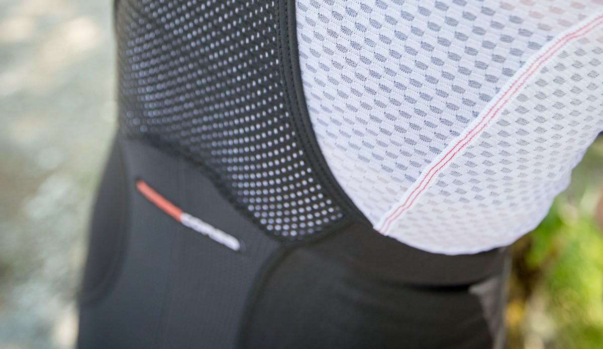 wentylacja w spodenkach rowerowych